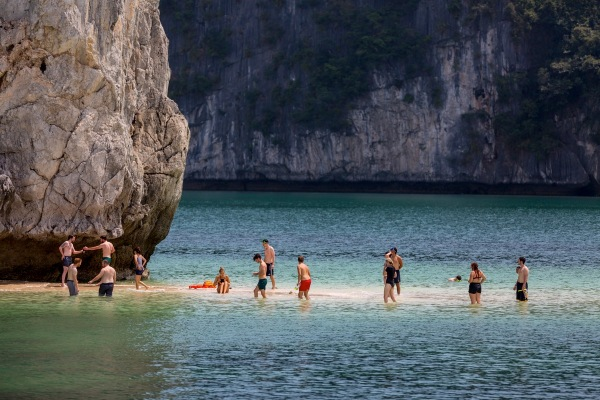 Laos Vietnam 5D 7999 Final
